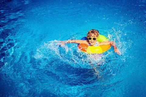 Schwimmen, Sommerurlaub in der Urlaubsregion Schladming-Dachstein